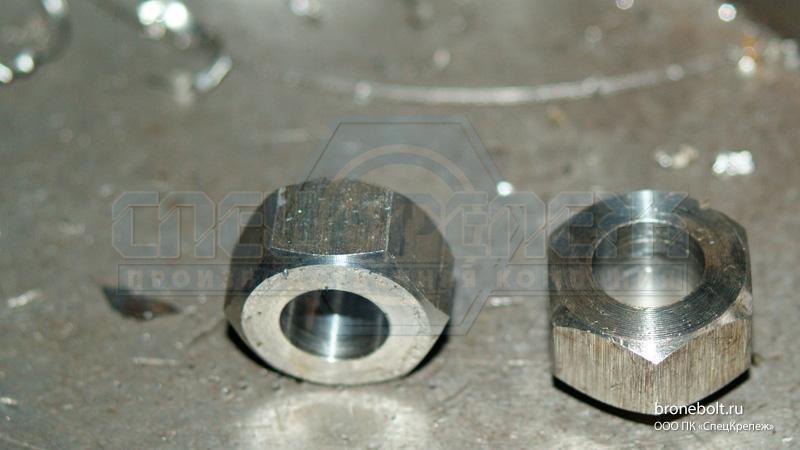 Производим гайку М10 ГОСТ 5915-70 из стали 12Х18Н10Т